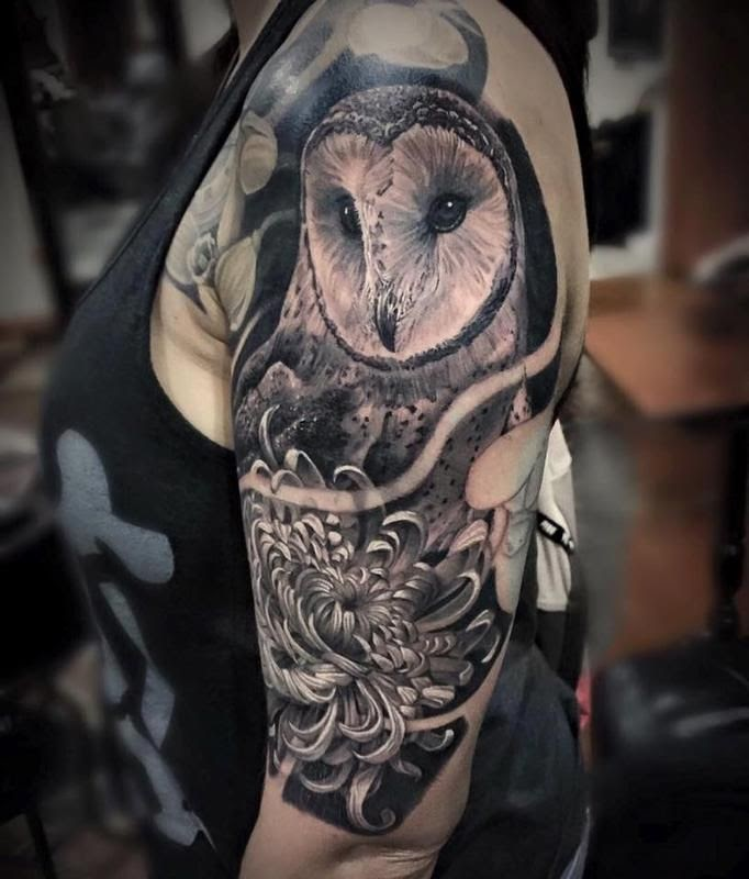 Chrysanthemum Combined with Owl